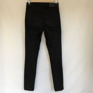 Levi's black high rise skinny jeans
